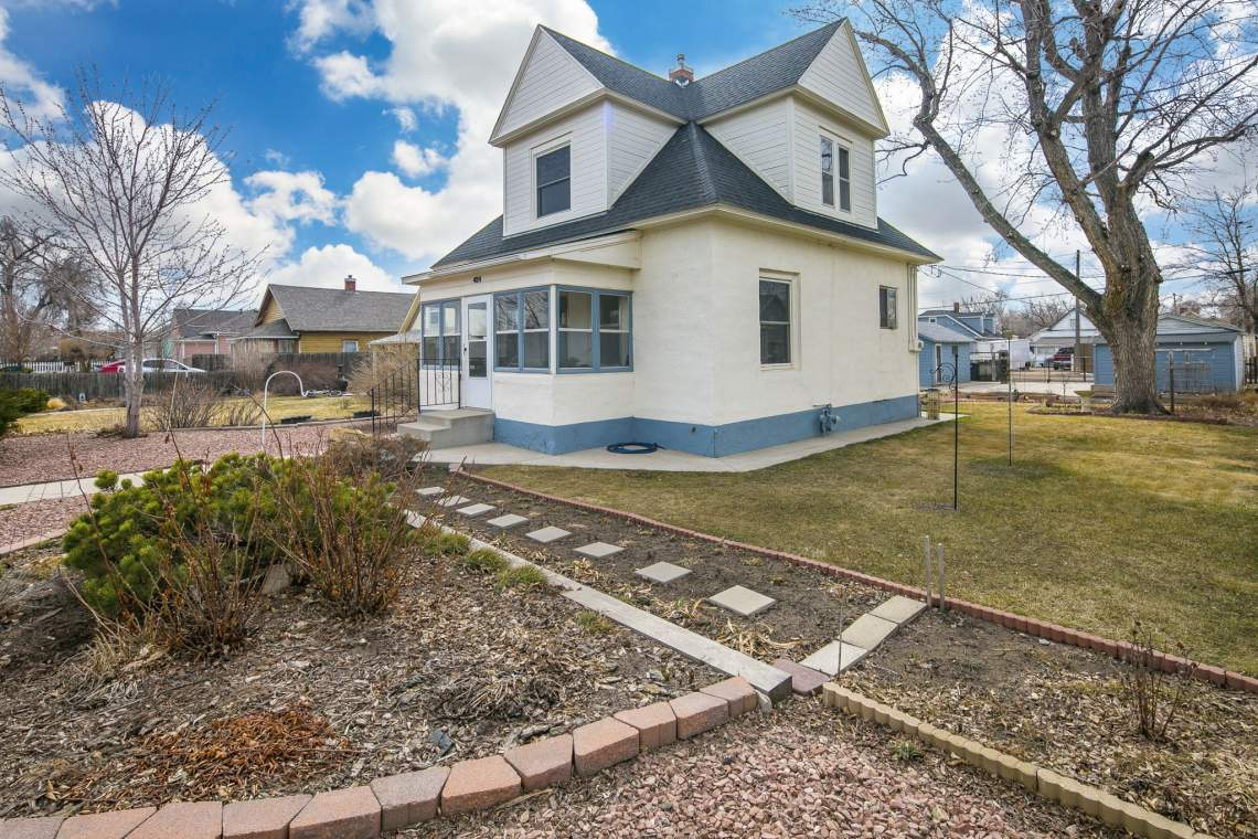 3-web-or-mls-424-7th-St-Greeley-3