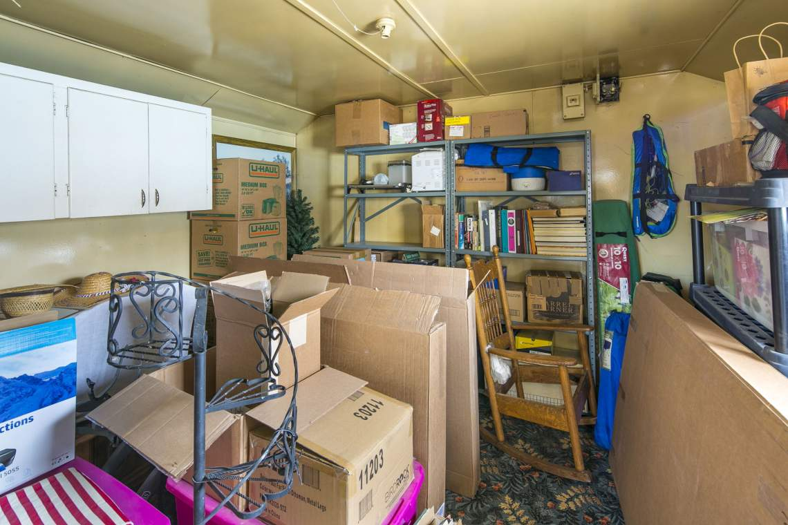 37-web-or-mls-424-7th-St-Greeley-37