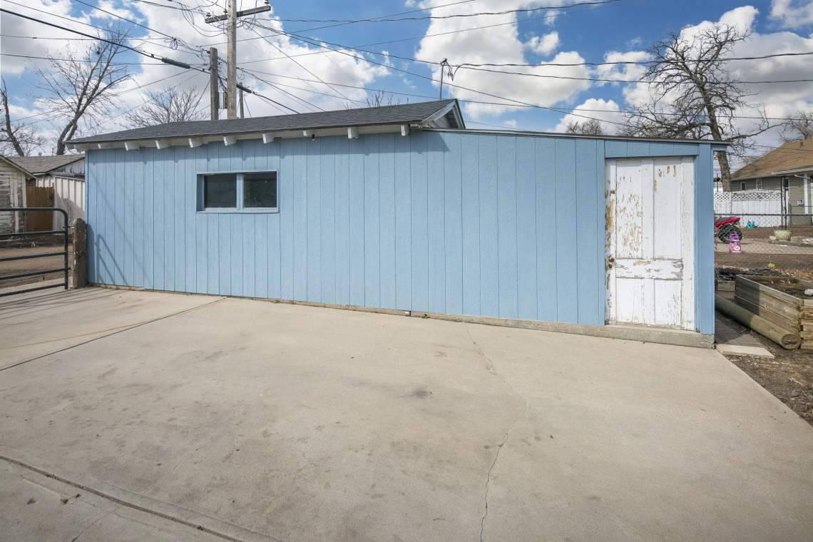 38-web-or-mls-424-7th-St-Greeley-38