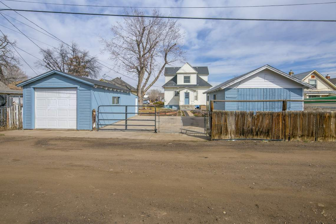 42-web-or-mls-424-7th-St-Greeley-42