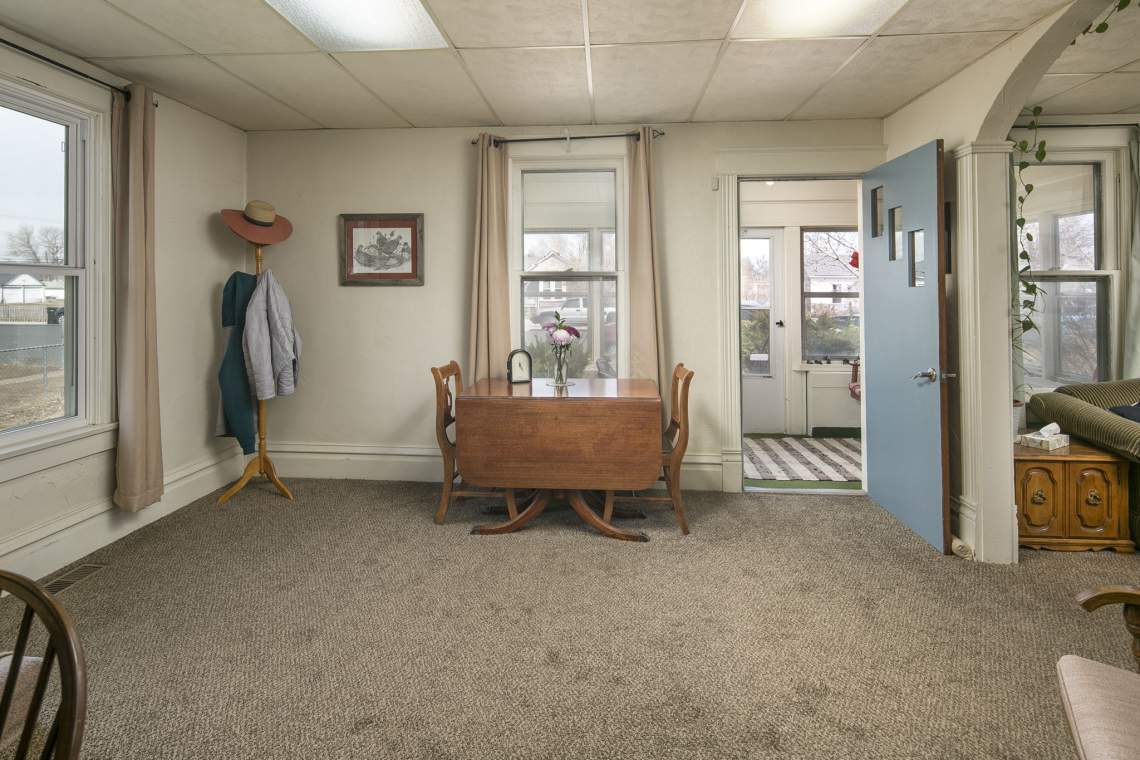 7-web-or-mls-424-7th-St-Greeley-7