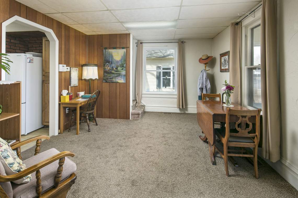8-web-or-mls-424-7th-St-Greeley-8