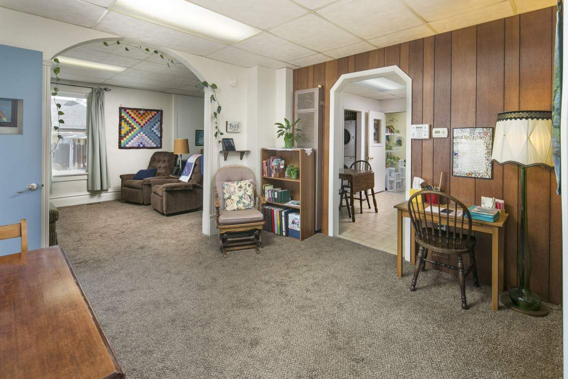 9-web-or-mls-424-7th-St-Greeley-9