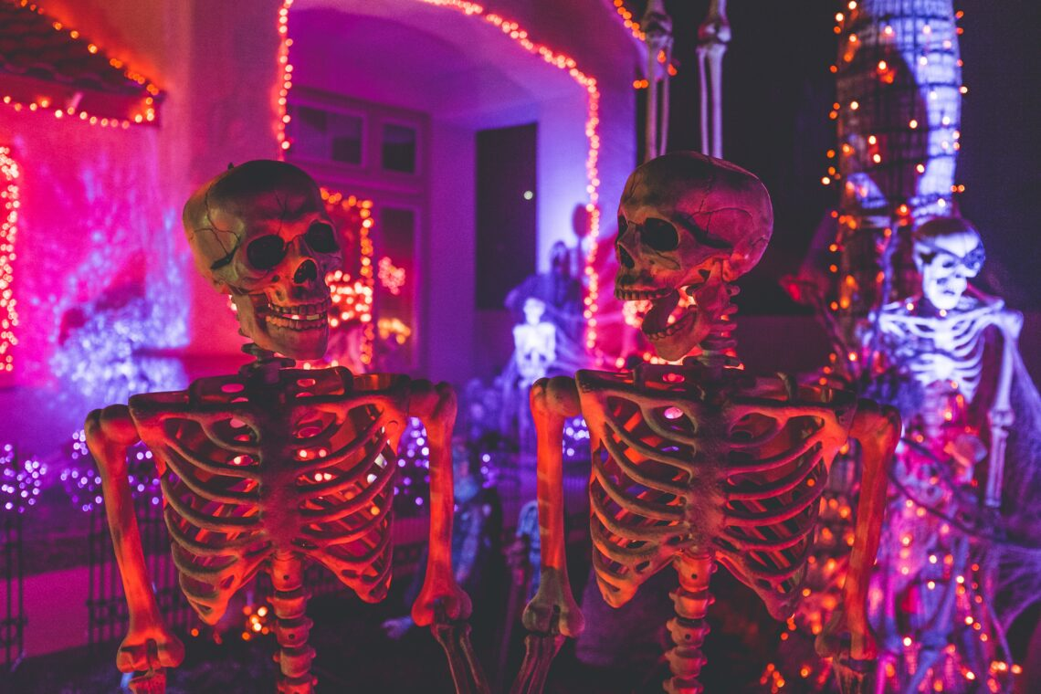 Take a Drive Through Loveland and See All the Halloween Decorations