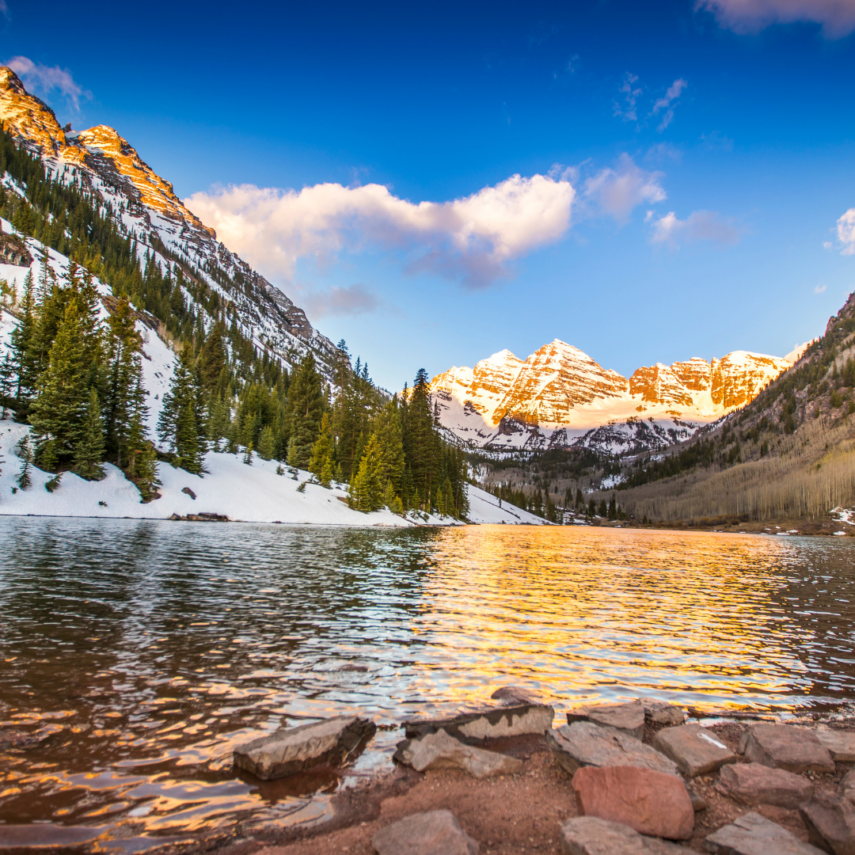 Aspen, Colorado is one of the most beautiful places to celebrate love.